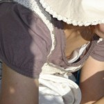 ゴクリ…これが赤ん坊に吸われまくった乳首か…人妻さんの胸チラ画像がめっちゃ興奮するwww