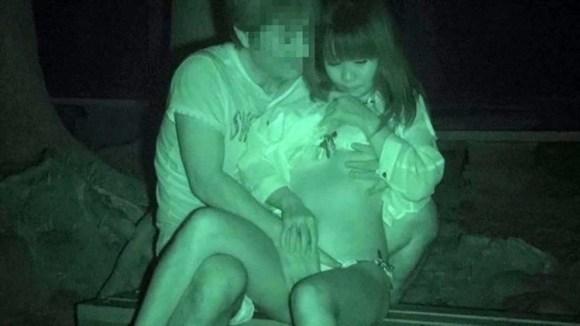 【青姦赤外線盗撮エロ画像】すげーwww尻の穴までくっきり!暗闇で青姦してるカップルをあぶり出す赤外線カメラの性能がヤバいwwww その13