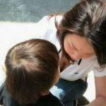 【子連れママ胸チラエロ画像】これが子供に吸われまくったお○ぱいかぁwww子連れママさんの胸元が素敵過ぎるwww(15枚)