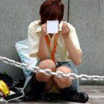 【座りパンチラエロ画像】女の子ってパ○チラするのわかっててこんな座り方するのなんで?隠し撮りされるにきまってんじゃんwww(15枚)